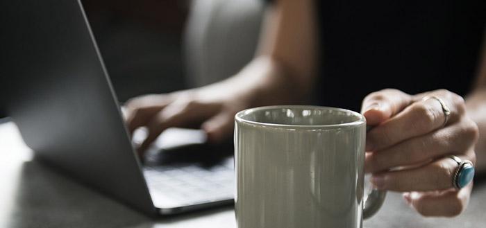 Заявлението за отпускане на парично обезщетение за безработица се подава и по електронен път