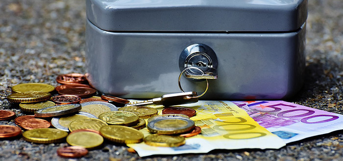 НАП дава втори шанс на фирми с големи касови наличности да подадат коригиращи декларации